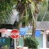 Photo: Thai stop sign