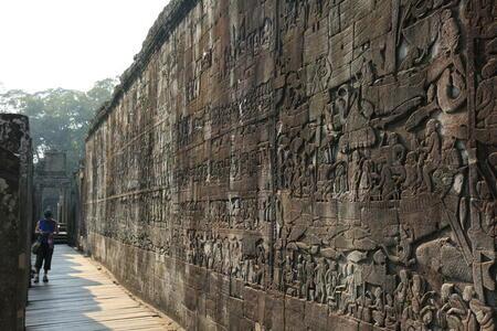 Photo: Bas-reliefs